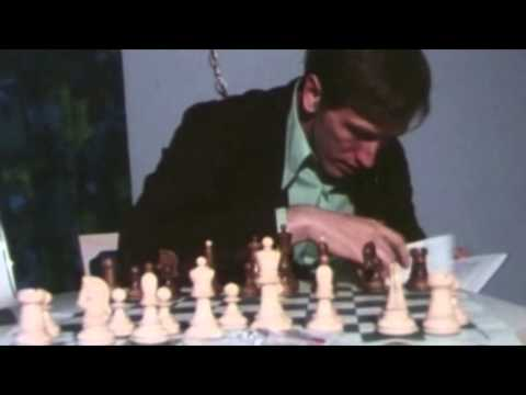 Bobby Fischer About His Dubrovnik Chess Set