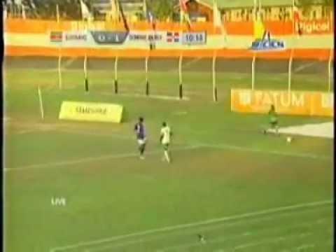 WK-kwalificatie 2014, Suriname vs. Dominican Republic (1ste Helft) (1-3)