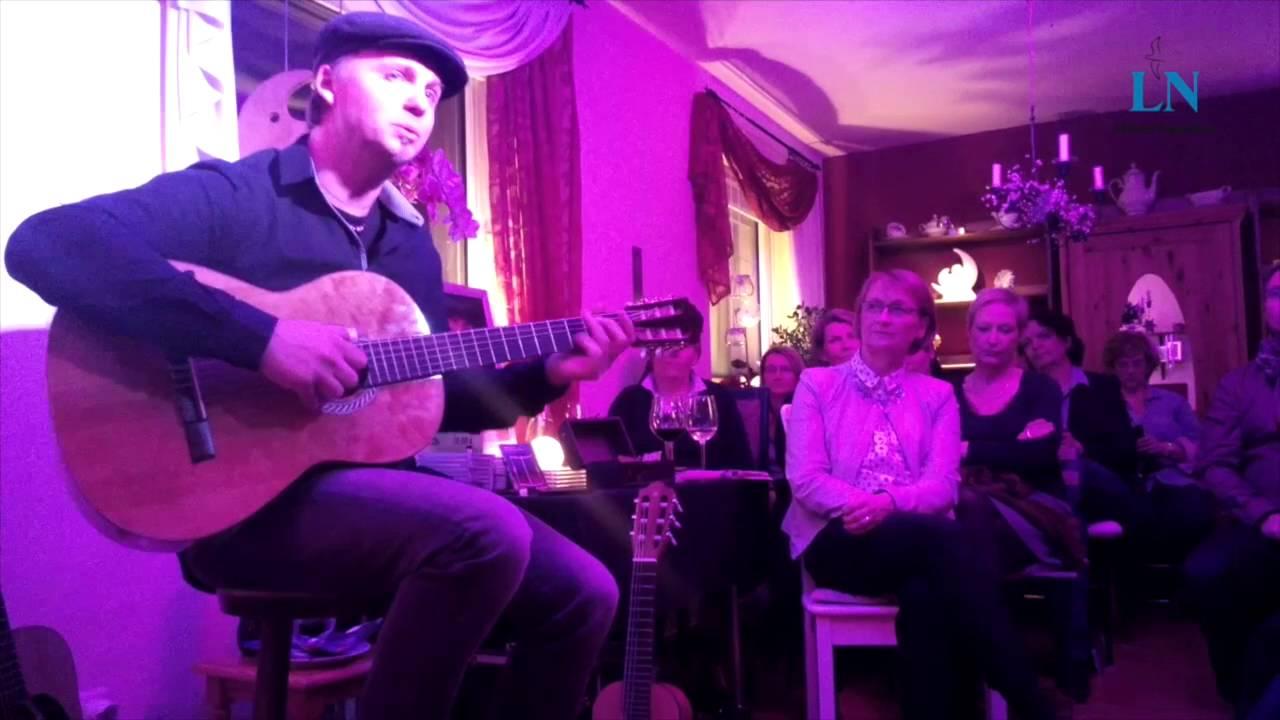 Joshua Carson Spielt Ein Wohnzimmerkonzert In Lbeck