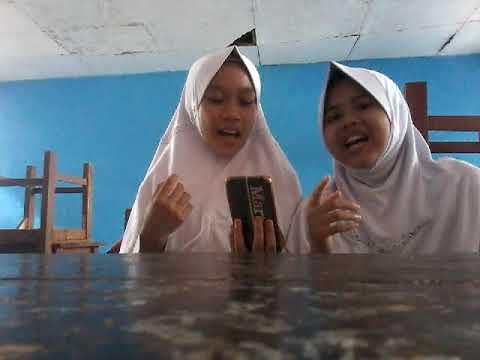 Lagu Demi Sahabat (cover By Martiana And Dinda)