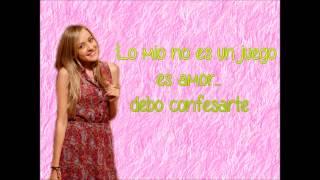 Aquí estoy con letra - Carolina Ayala/11-11 En mi cuadra nada cuadra