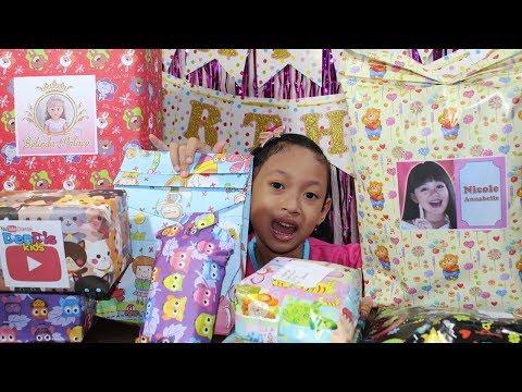 Buka Kado Hadiah Ulang Tahun ♥ Dapat Mainan Apa ya...