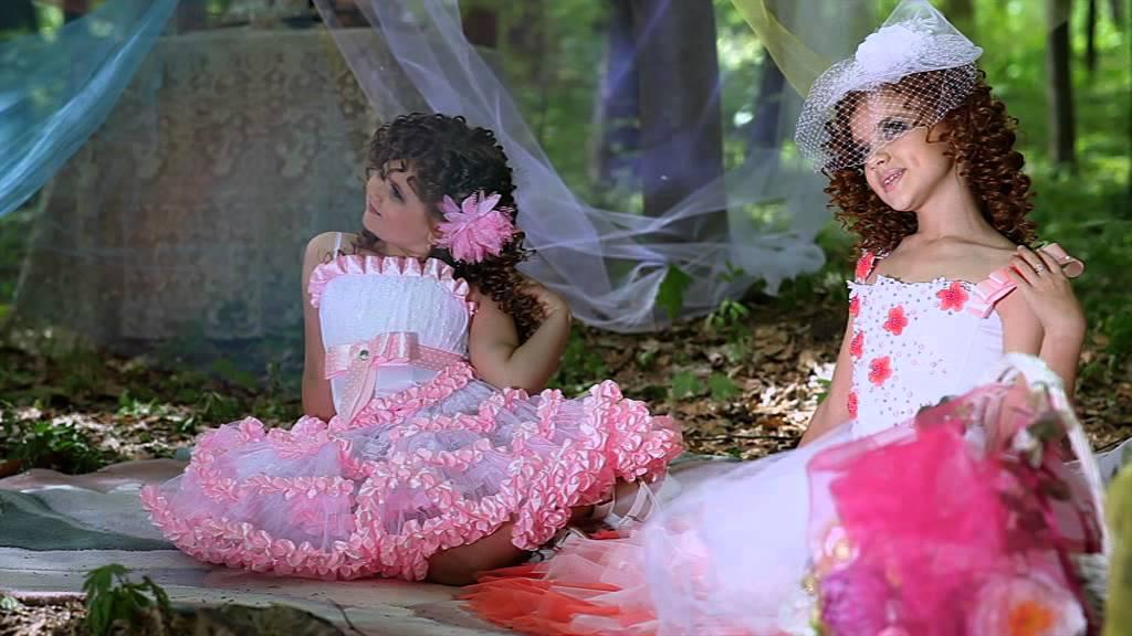 Широкий выбор стильных вязаных платьев в интернет-магазине ариззо. Гарантия качества, доступные цены. Быстрая доставка по украине. Успейте.