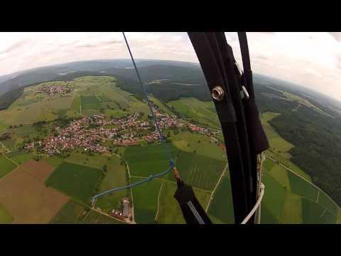 Gleitschirmfliegen in Schönbrunn