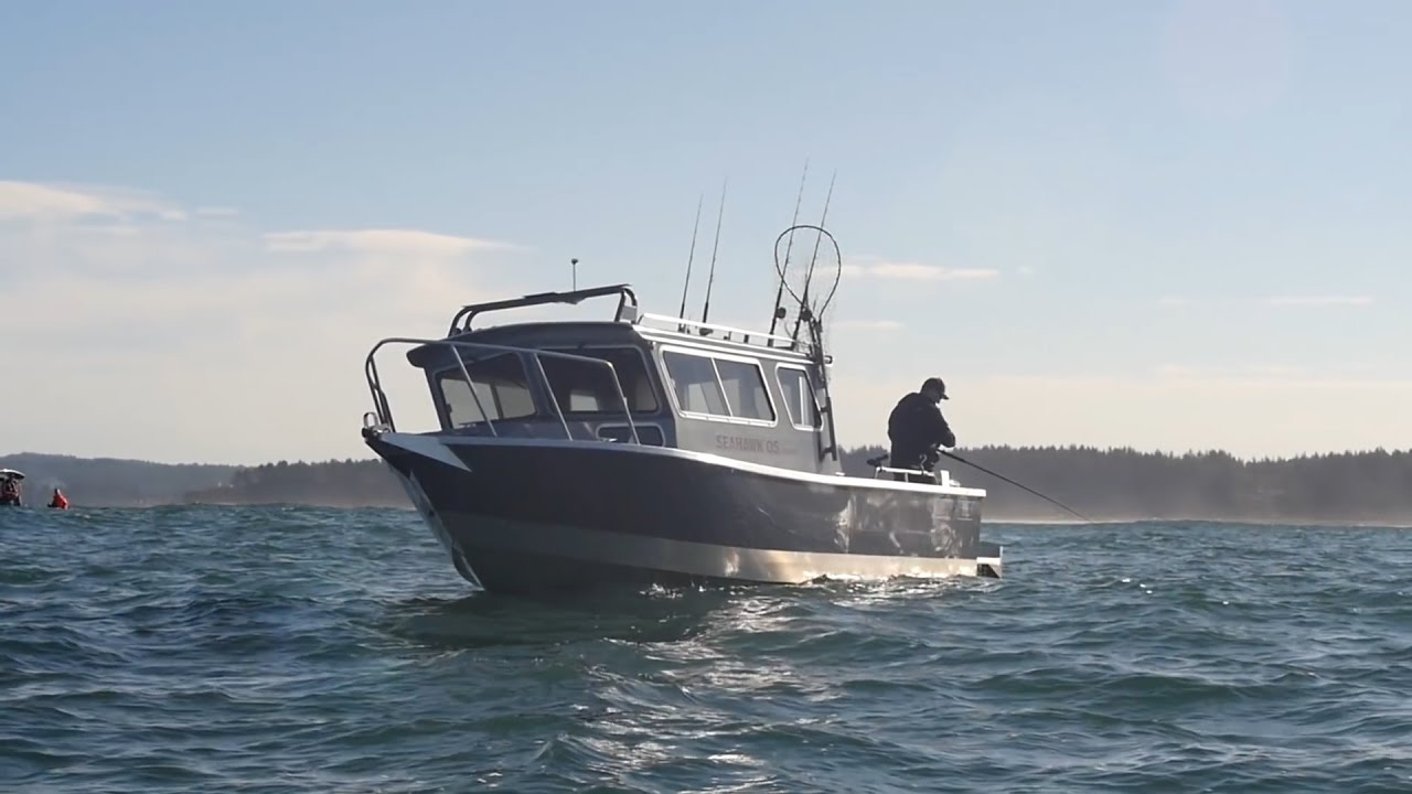 North river seahawk o s youtube for Offshore fishing boat manufacturers