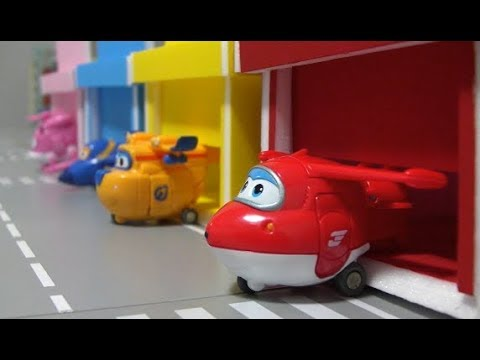 Thumbnail: Super Wings Airplane Color Garage Toys 슈퍼윙스 컬러 차고지 장난감 놀이