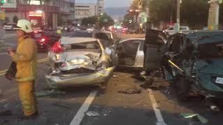 20180914-南投市重大車禍 大貨車衝撞10多輛汽機車 10餘人送醫-1