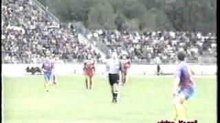 Euro 96 Albania Moldava 3 0 il 29 03 1995  video di Agron Kozeli