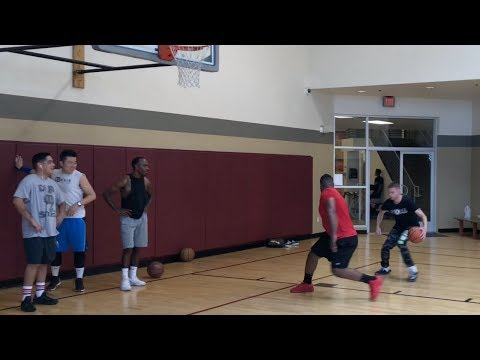 Professor Breaks Defenders with CRAZY COMBOS (real bball)