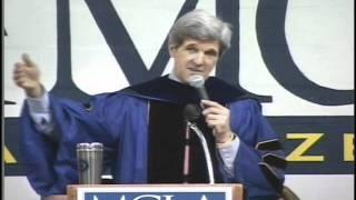 Sen John Kerry at MCLA's 2008 Commencement - Full Thumbnail