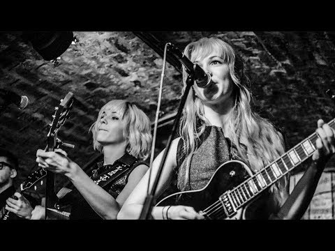 One More Time - MonaLisa Twins (Live at the Cavern Club)