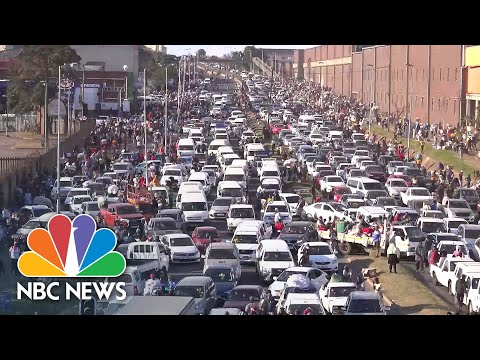 Thousands Go Looting As South African Law And Order Breaks Down