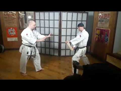 Sokusen geri shomen geri (toes kick) Tameshiwari Uechi ryu karate Okikukai Russia