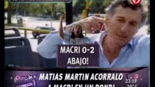 Duro - Matias Martin acorralo a Macri en un bondi 17-03-10