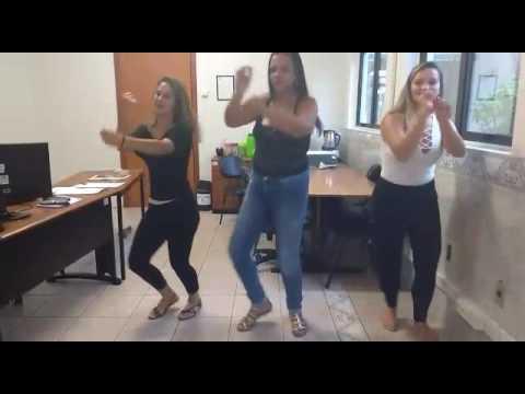 Anazinha dancando mc g15 deu onda 9