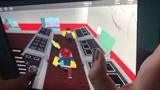 Bambino sta giocando Roblox Parte 1