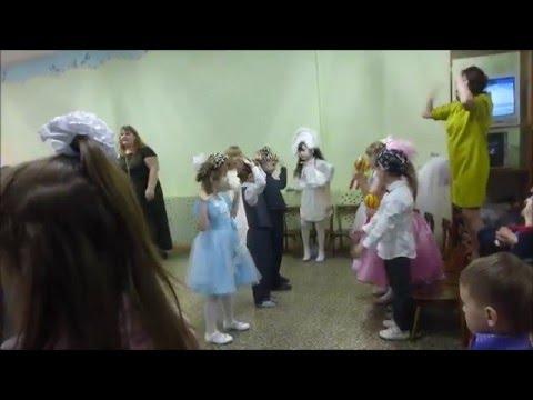ДО СЛЕЗ!!! Музыкальный руководитель детского сада за работой!