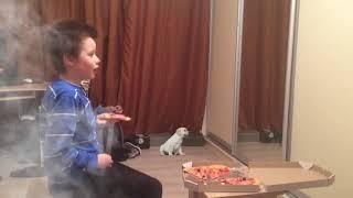 Смотреть Тимур и острая пицца онлайн