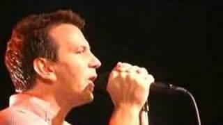 Pearl Jam - War