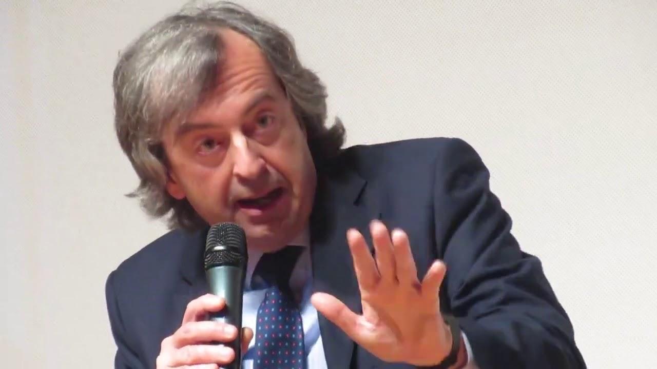 Il Dottor Burioni contro i vaccini obbligatori, prima di diventare testimonial Lorenzin.