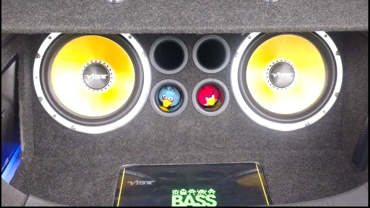 Mad Subwoofers Boot Install At Trax 2012 Youtube