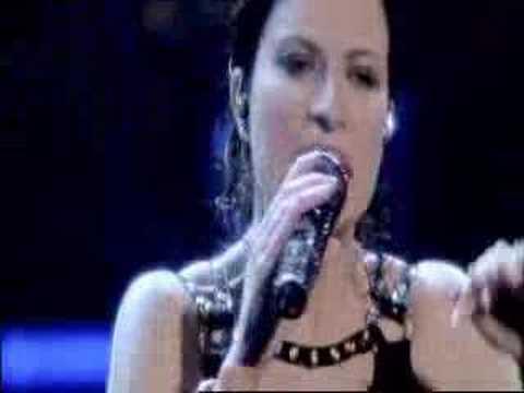 LAURA PAUSINI - San Siro 2007-Medley (Greatest Hits * 1 * )