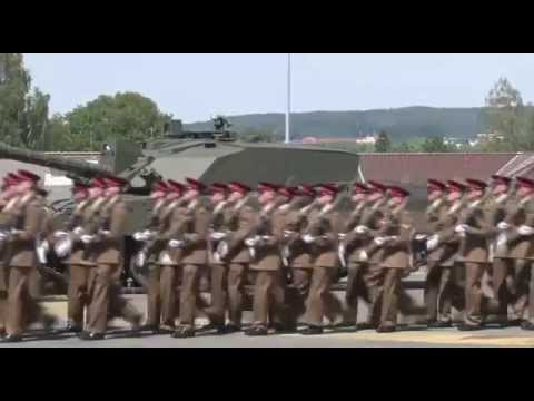 Last Remaining Armoured Division Parades In Germany | Forces TV