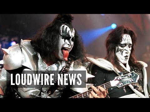 Gene Simmons + Ace Frehley Reunite Onstage Mp3