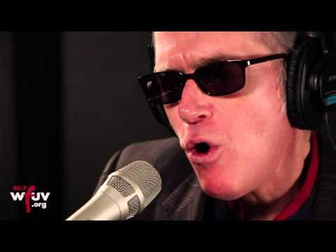 """Benmont Tench - """"You Should Be So Lucky"""" (Live at WFUV)"""