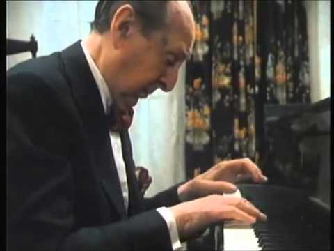 Horowitz plays CHOPIN Mazurka in A Minor, Opus 17, No.4
