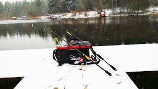 Успешная зимняя рыбалка на спиннинг с берега Щука на воблеры Рыбалка в Беларуси Кемпинг Косачи