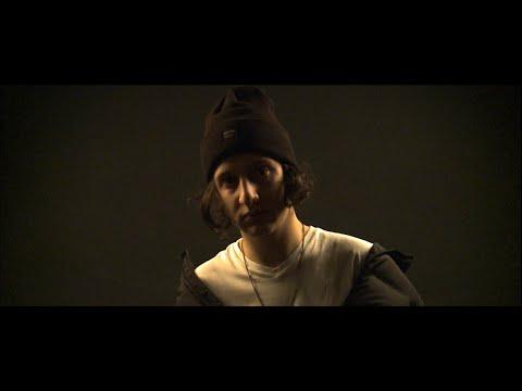 Lia Shine - Ben Gibi Bakmaz (Official Music Video)