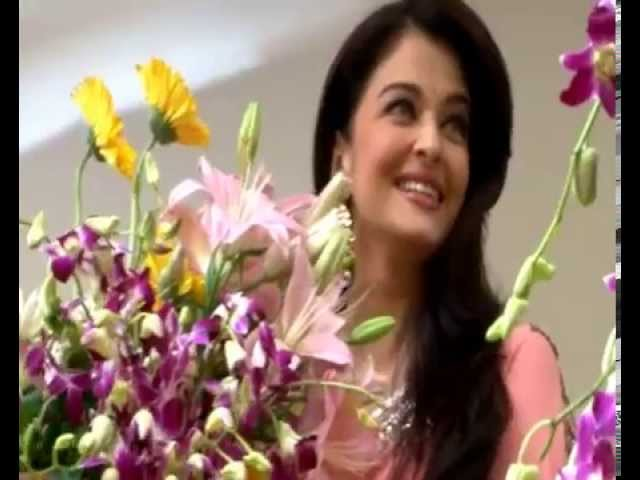 Aishwarya Rai Bachchan Inaugurates Kalyan Jewellery