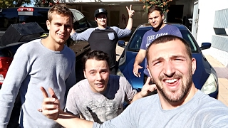 WE ALL MOVED OUT!!