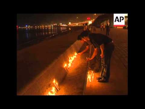 Candlelight vigil in aftermath of Mumbai attacks