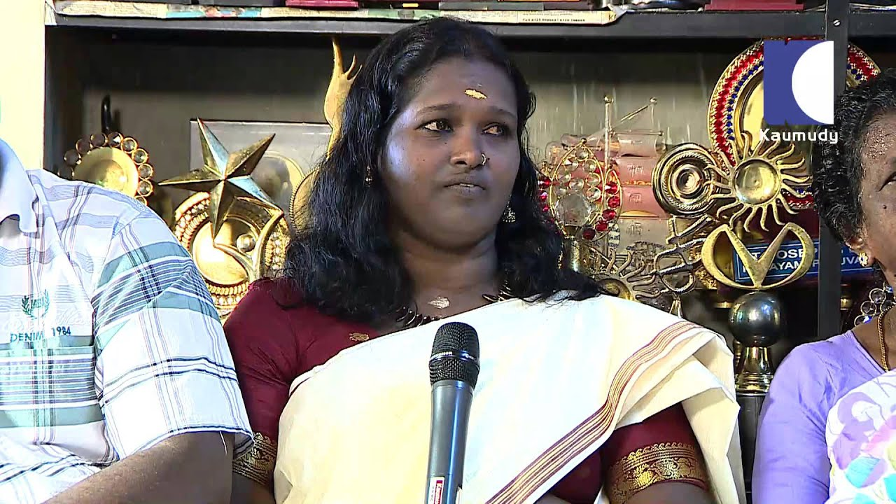 Vava Suresh with Family on Snake Master am Spl Episode 77