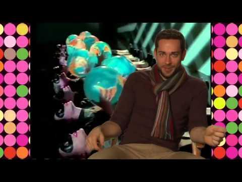 Zachary Levi schools you on the art of karaoke + Sub ITA