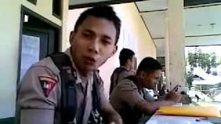 Polisi Gorontalo Menggila Anggota Brimob Nyanyi Lagu India Chaiyya chaiyya