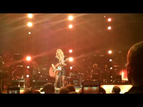 Miranda lambert keeper of the flame 2017 1