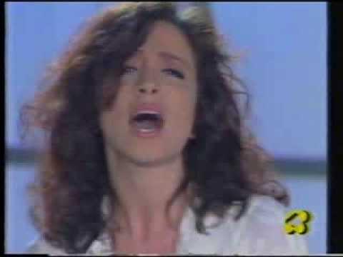 Matia Bazar  Laura Valente PICCOLI GIGANTI  YouTube
