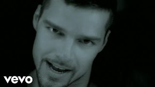 Смотреть клип Ricky Martin - Déjate Llevar
