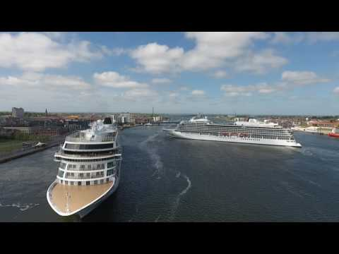 Two cruiseships passing in the Port of Aalborg