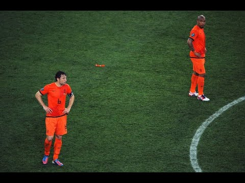 Mark van Bommel and Nigel de Jong      *THE SUPER DUO*