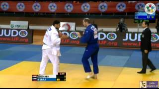 Egyptian Islam El Shehaby refuses to shake hand after lost #Israel Ori Sasson #judo. Egyptian judoka quits sport after shake Israel rival's hand by