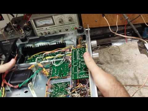 Servicing a vintage  Marantz 2215b stereo receiver.