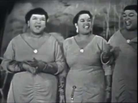 The Peter Sisters - Mazel tov (live in France, 1959)