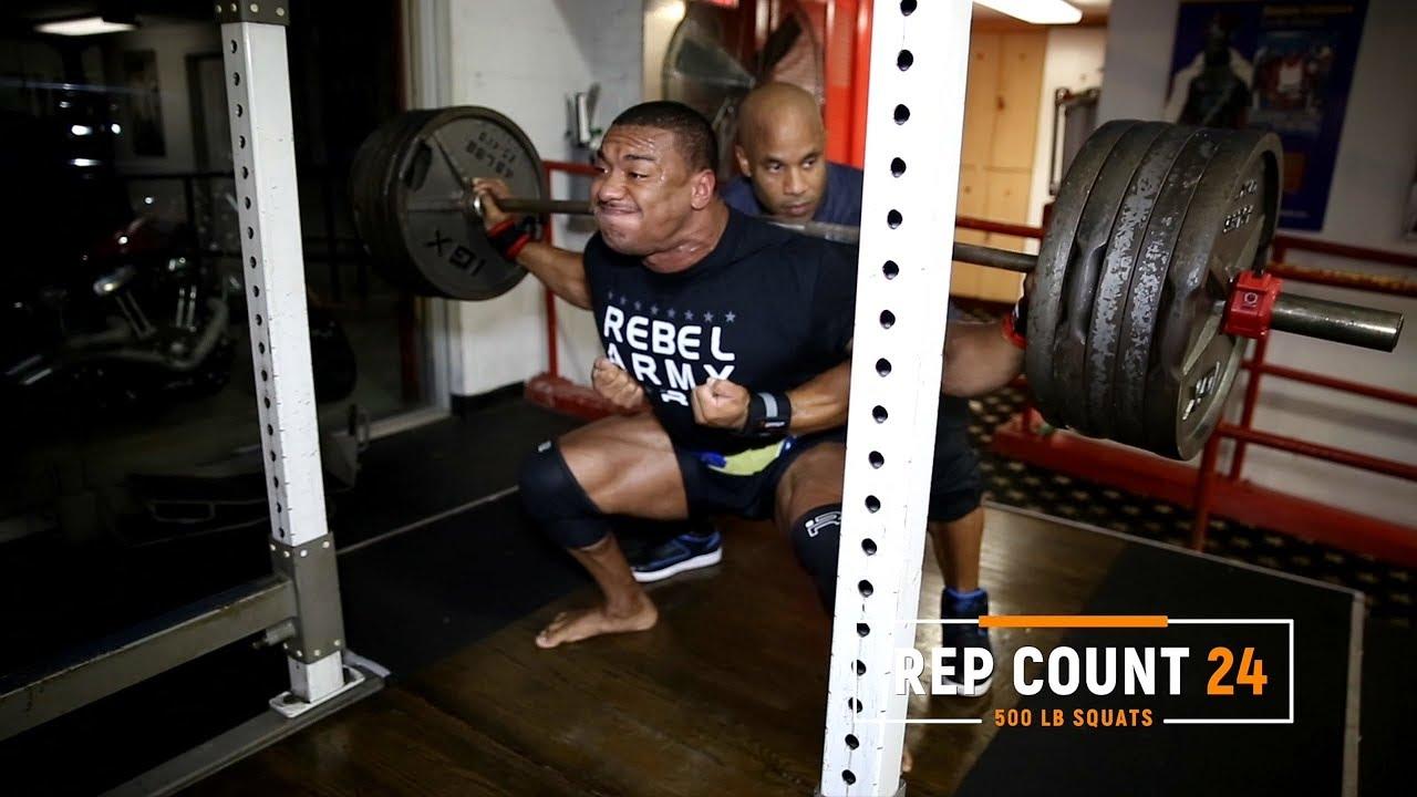 500x25-squat-pr-with-ifbb-legend-victor-martinez
