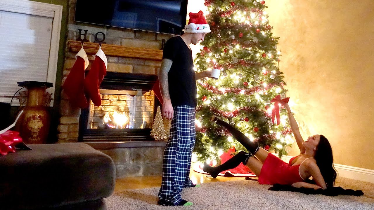 BEST CHRISTMAS GIFT EVER!! - YouTube