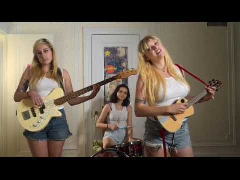 The Prettiots-Boys (I Dated In Highschool) (Music Video)