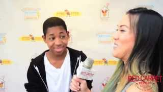 Video Tylen Williams at the Ronald McDonald House Celebrity Stuff-A-Thon #CelebrityStuffathon #RMHC download MP3, 3GP, MP4, WEBM, AVI, FLV Januari 2018